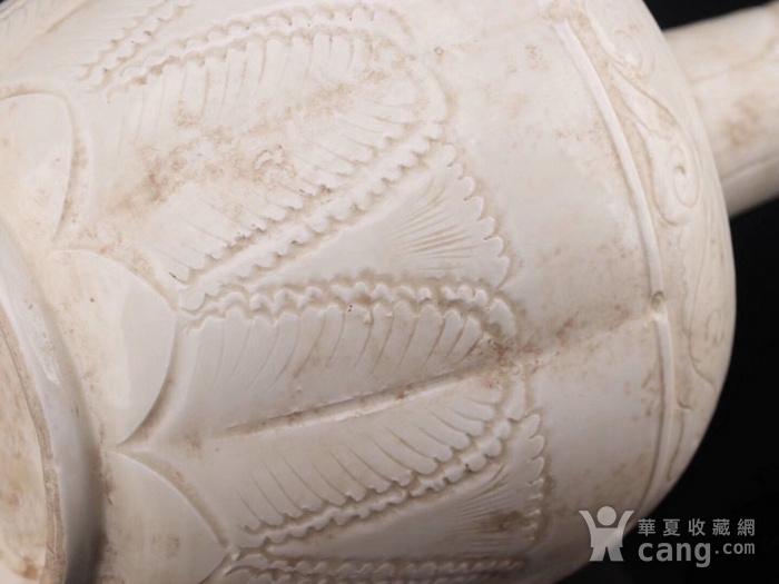 旧藏北宋定瓷长颈瓶图1