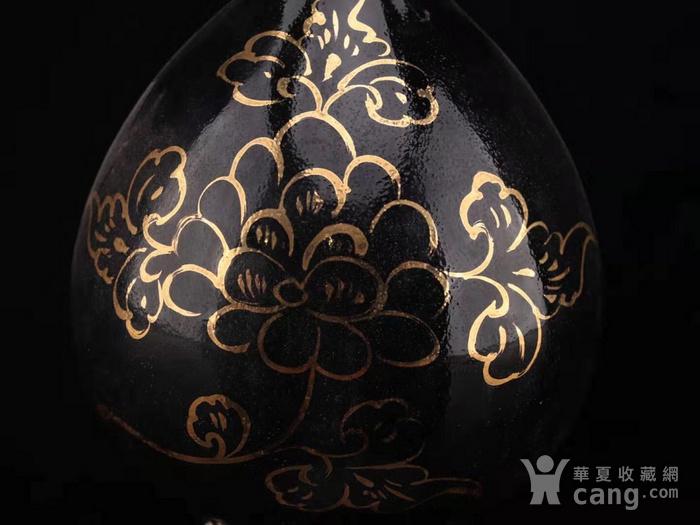 旧藏黑定描金瓶图6