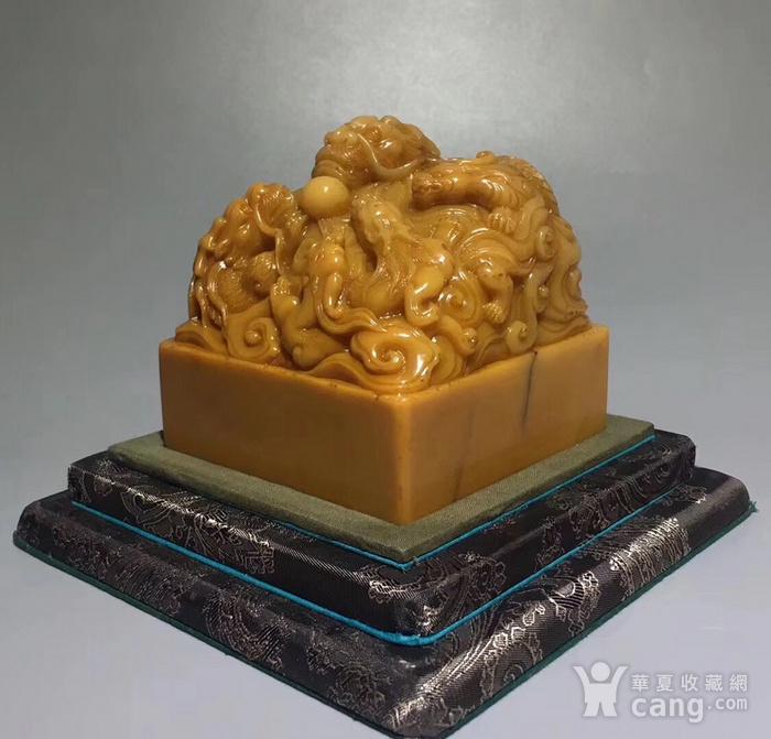 清寿山田黄石雕五龙戏珠钮大印图3
