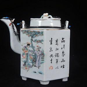 清代粉彩八仙人物绘画六方套筒壶