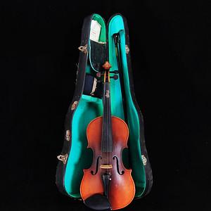 文革时期小提琴一把