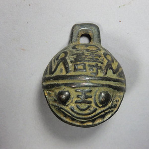 民国福寿虎面雕刻铜铃