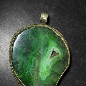 绿玛瑙坠子
