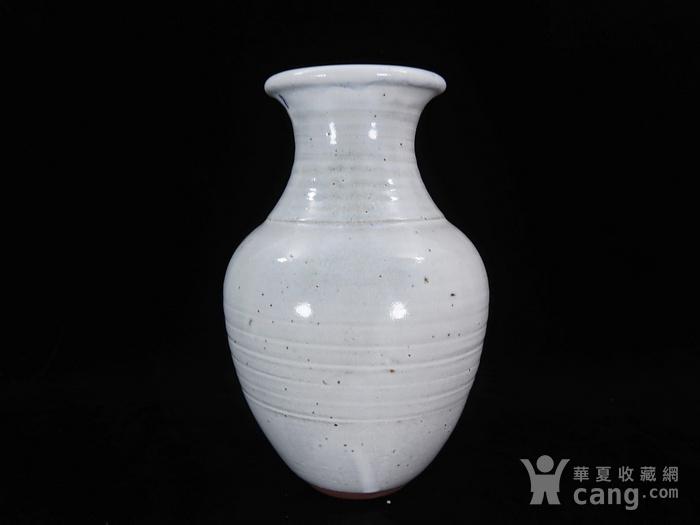 维多利亚时期白釉赏瓶图2