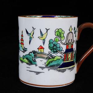 维多利亚时期山水执杯