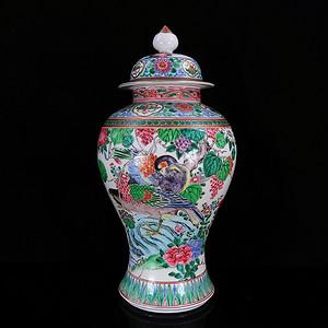 清代粉彩花鸟绘画将军罐