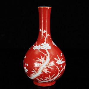 清代胭脂红留白梅花绘画胆瓶