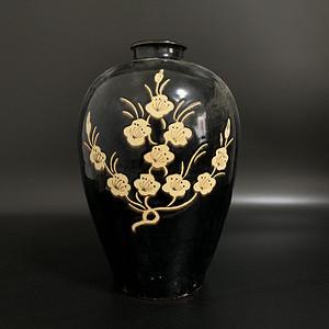 吉州窑梅瓶