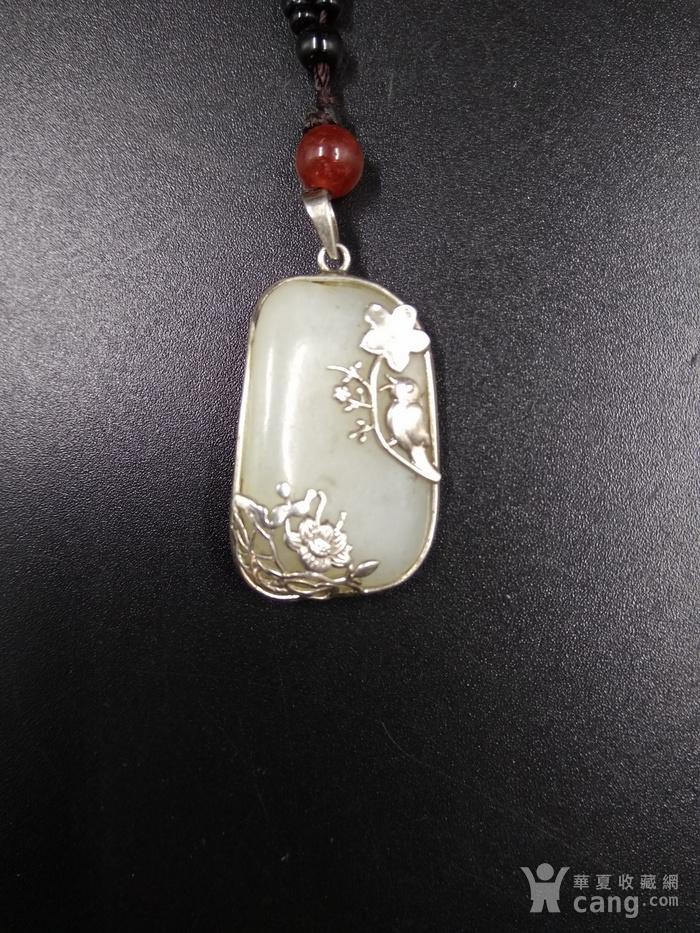 和田白玉独籽原石 包镶白金喜上梅梢图1