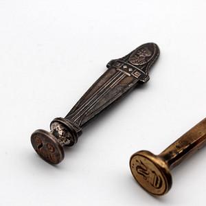 114 19世纪金属印章两个