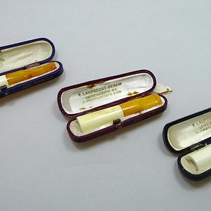 116 1920 30年代天然老蜜蜡 海泡石香烟烟嘴三件