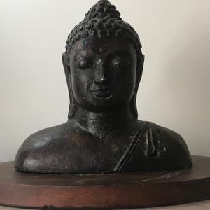 7057 清 释迦摩尼半身铜造像